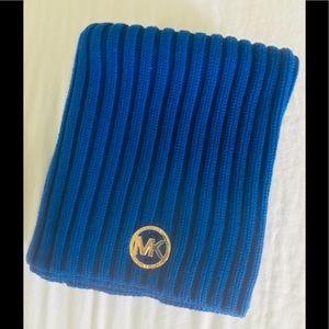 MICHAEL KORRS warm signature cable neck wrap